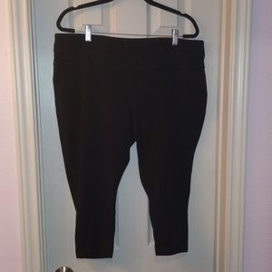 Tek Gear Black workout capris 2X
